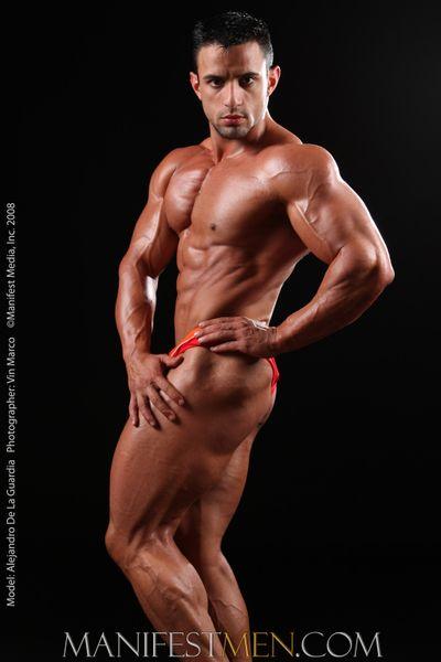 20090429i_Alejandro_BlackStudio_54_ManifestMen_nude_bodybuilder_MachoNacho310