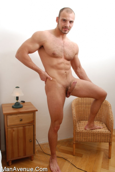 Hairy_muscle_porn048