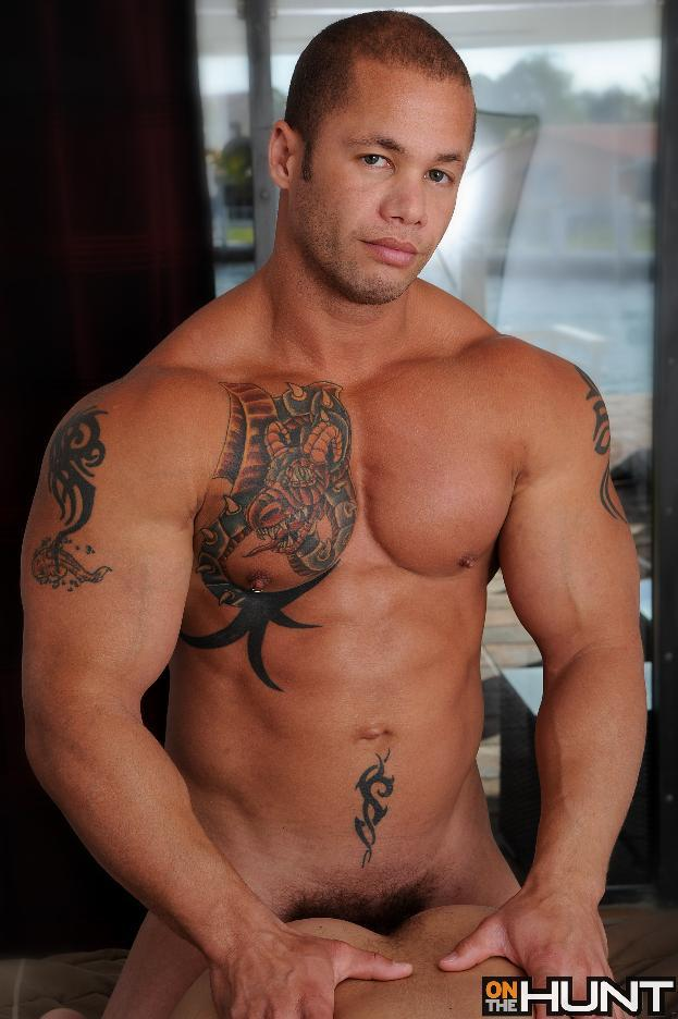 Gay Bodybuilder